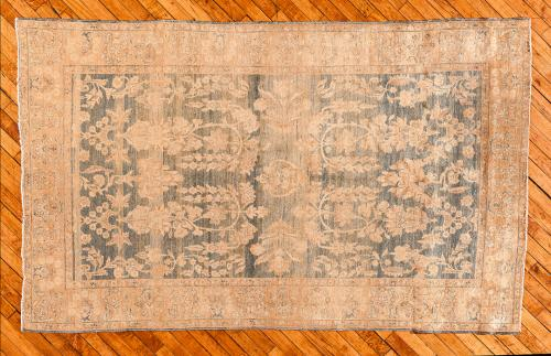 Holly-Peters-Antique-Rugs-1