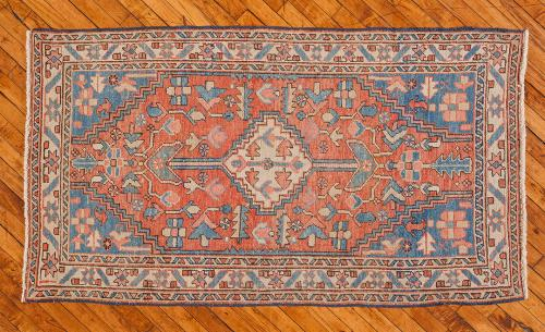 Holly-Peters-Antique-Rugs-3