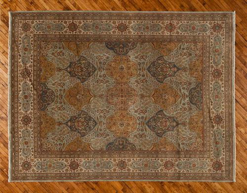 Holly-Peters-Traditional-Rugs-3