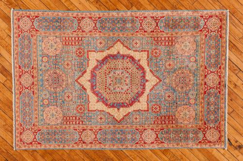 Holly-Peters-Traditional-Rugs-7
